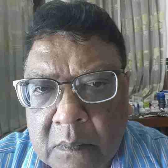 Dr. Neeraj Bindal's profile on Curofy