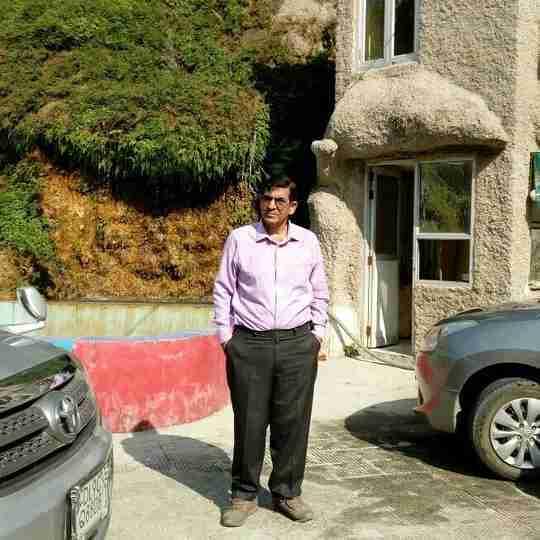 Dr. Suresh Gupta's profile on Curofy