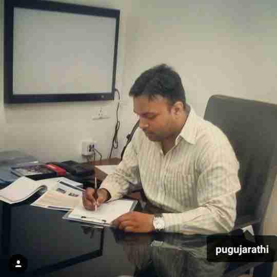 Dr. Piyush Gujarathi's profile on Curofy