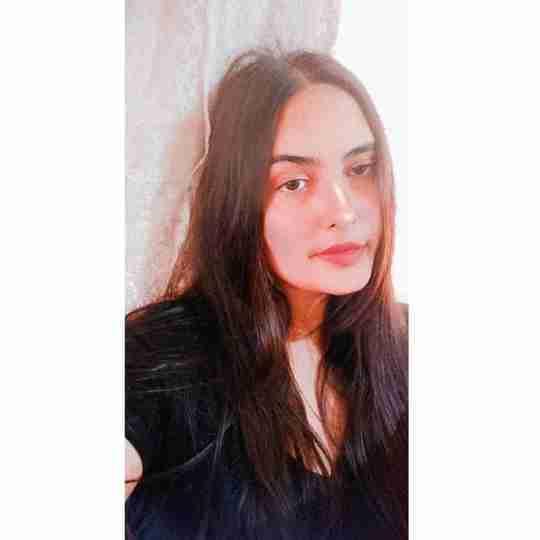 Deeksha Chaudhary's profile on Curofy