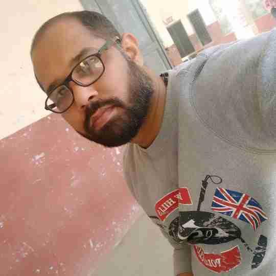 Dr. Praveen Tyagi's profile on Curofy