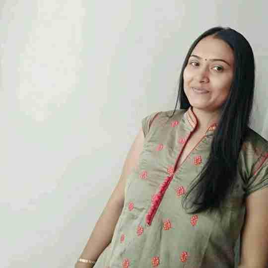 Dr. Hina Vaghamshi's profile on Curofy