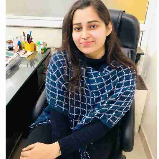 Dr. Khushboo Raghav's profile on Curofy
