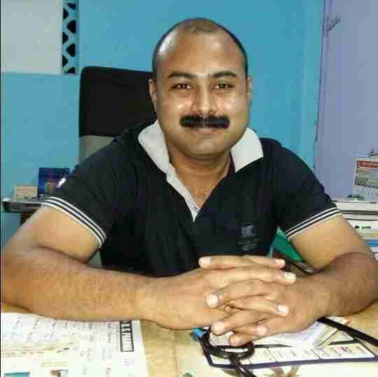Dr. Santosh Dhanurkar's profile on Curofy