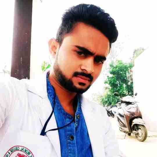 Akash Ghawale's profile on Curofy