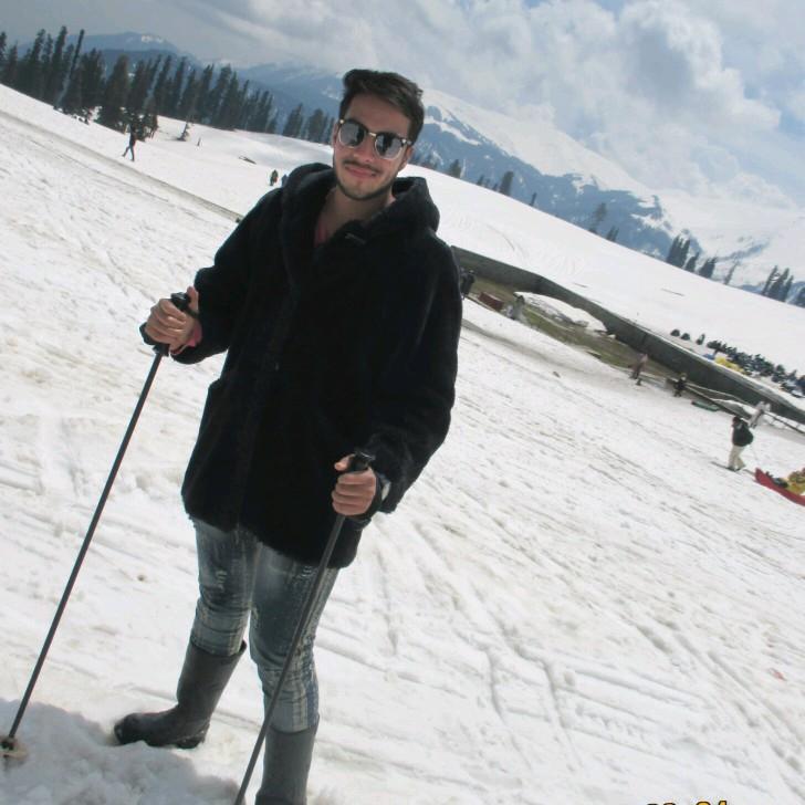 Dr. Arshad Nagori's profile on Curofy
