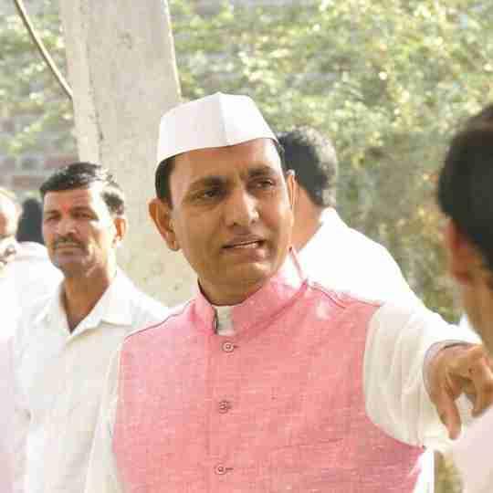 Sunil Patil's profile on Curofy