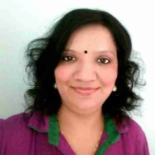 Dr. Nishtha Bhatt's profile on Curofy