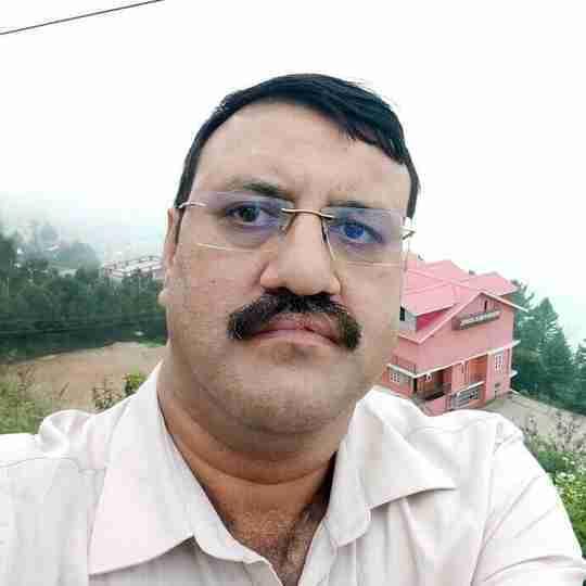 Dr. Neeraj Sharma's profile on Curofy