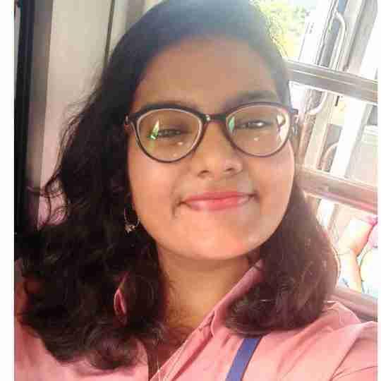 Yamini Roongta's profile on Curofy