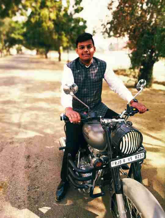Dr. Pranjal Laddha's profile on Curofy