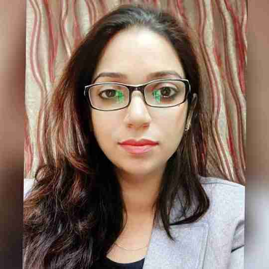 Vineeta Loomba's profile on Curofy