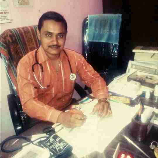 Dr. Dharmendra Shukla's profile on Curofy