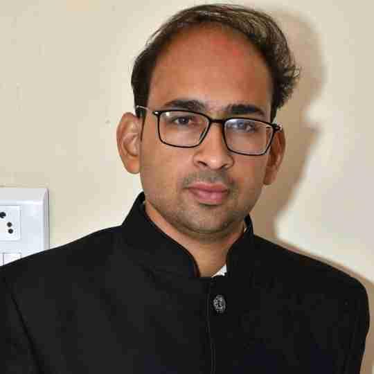 Dr. Ashish Kedawat's profile on Curofy