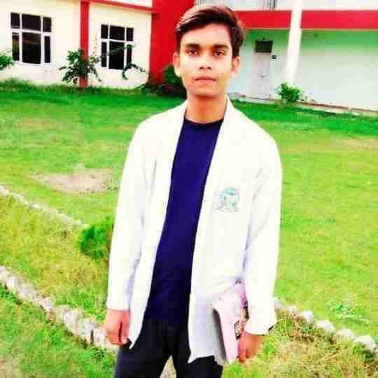 Devansh Prajapati's profile on Curofy