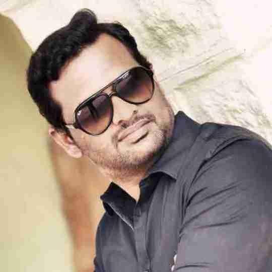 Dr. Vinay Kumar's profile on Curofy