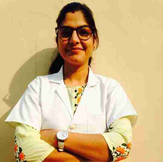 Dr. Neelam Yadav's profile on Curofy