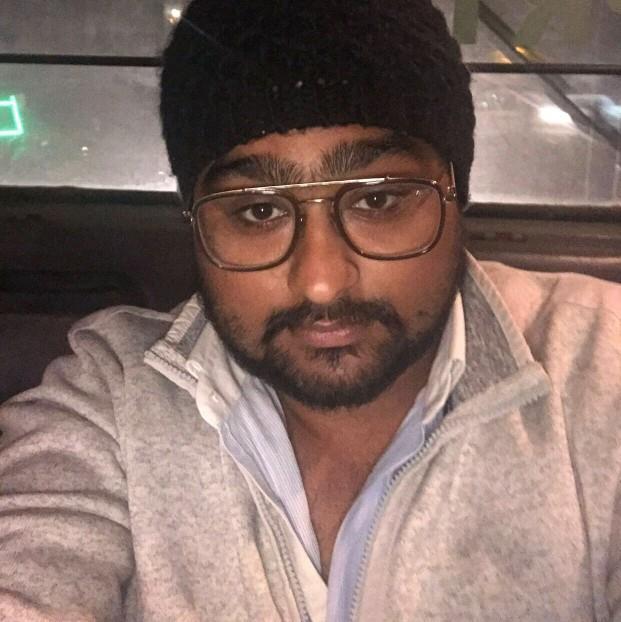 Dr. Lakshay Dhawan's profile on Curofy