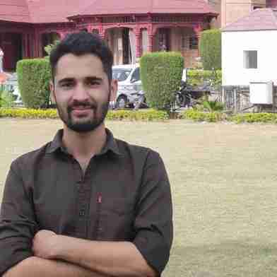 Yasir Manzoor's profile on Curofy