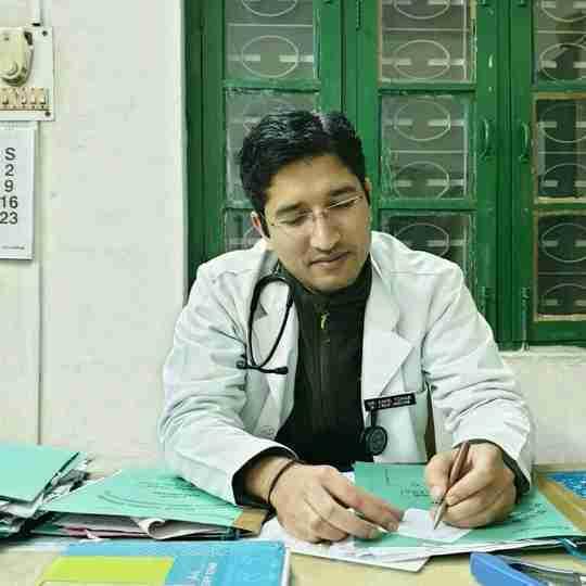 Dr. Kapil Tomar's profile on Curofy