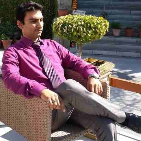 Dr. Abhishek Bharadwaj's profile on Curofy