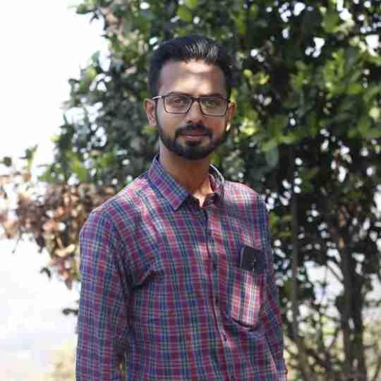 Dr. Akash Dhorajiya's profile on Curofy