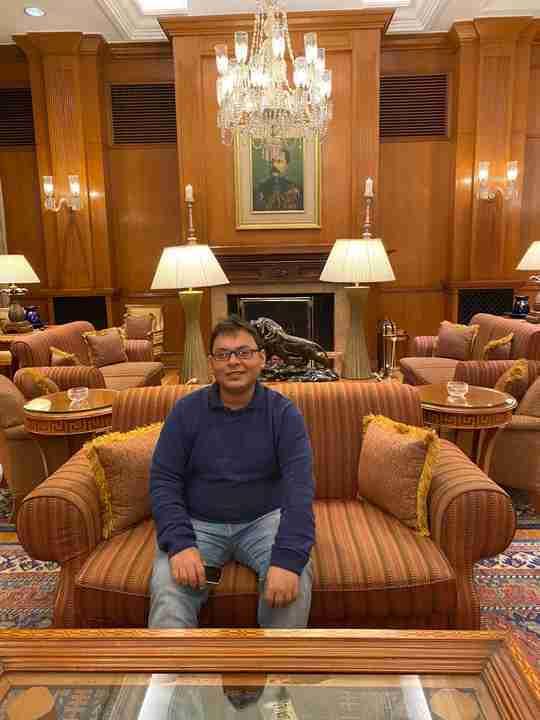 Dr. Abhishek Gupta's profile on Curofy