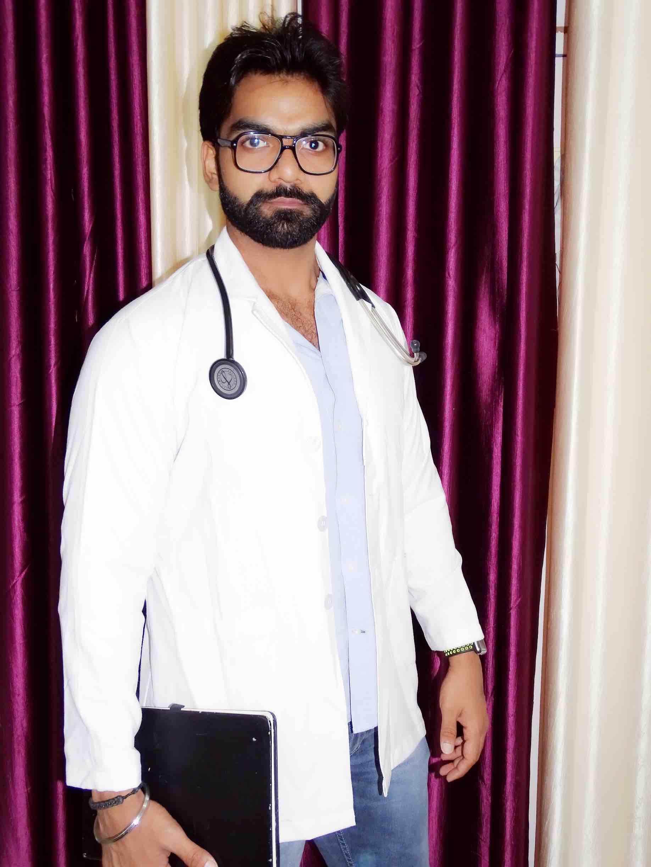 Dr. Kush Saini's profile on Curofy