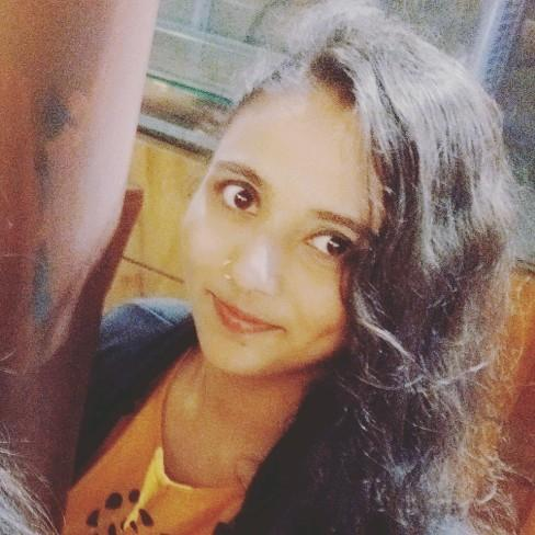 Nazish Anjum's profile on Curofy