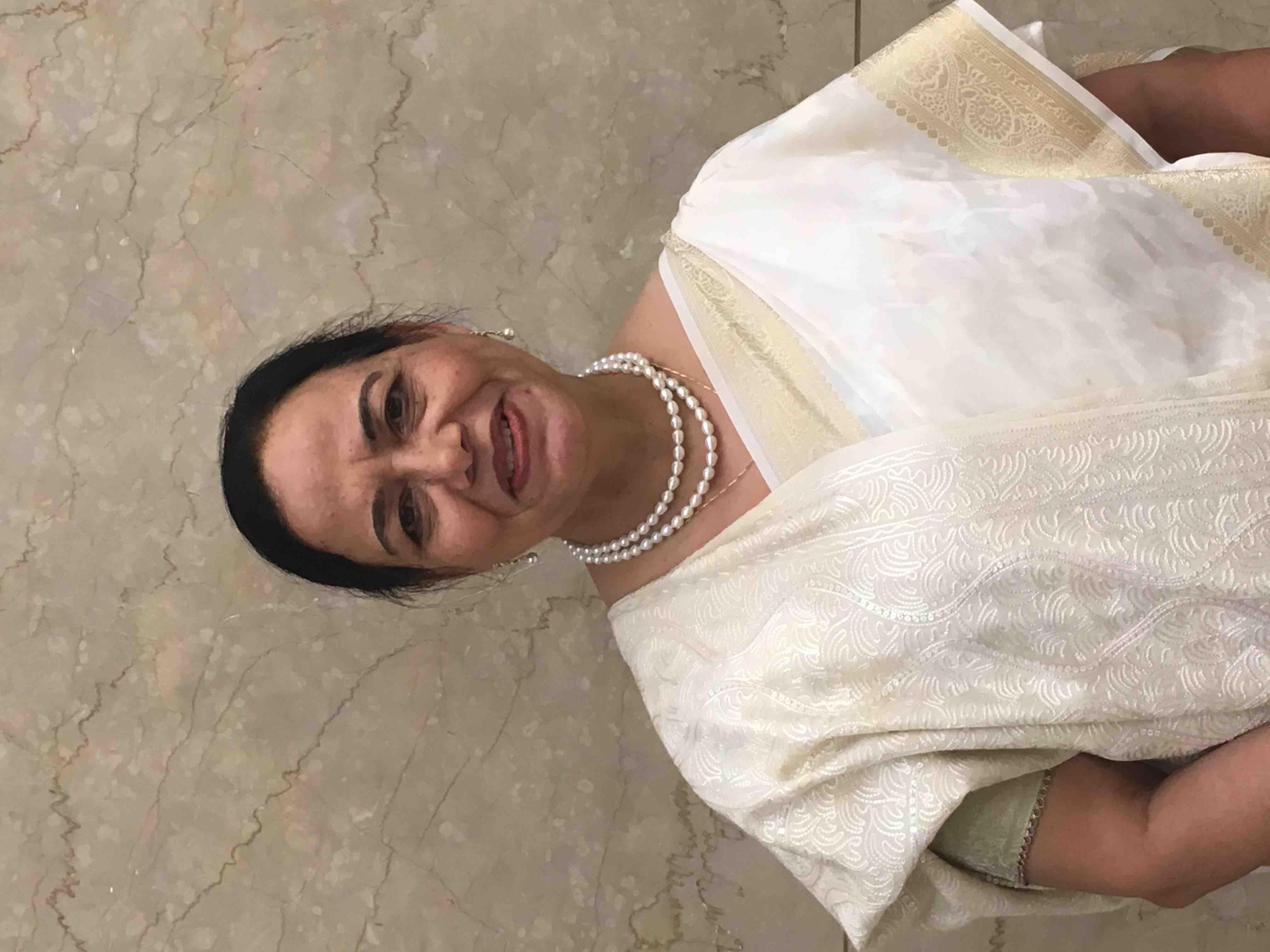 Dr. Asha Kalra's profile on Curofy