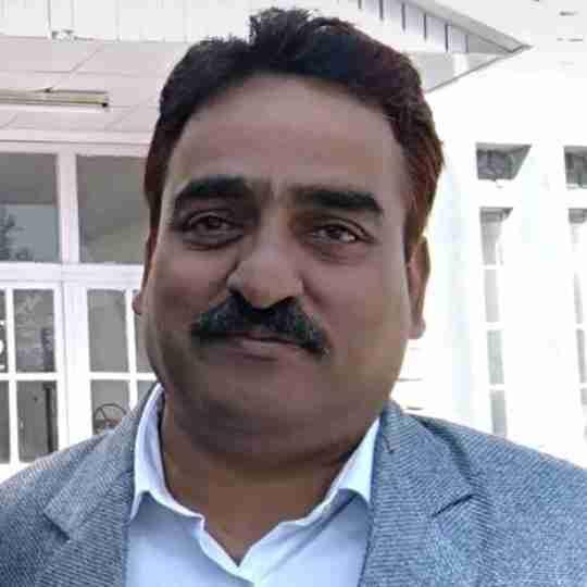 Dr. Sunil Thakur's profile on Curofy