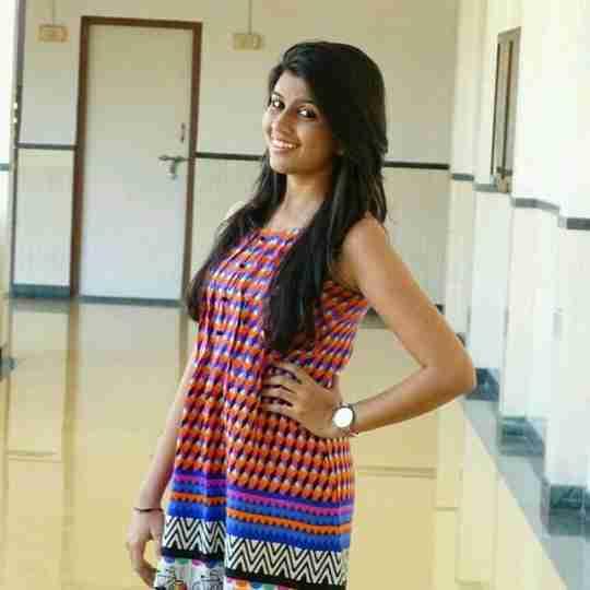 Dr. Manisha Jain's profile on Curofy