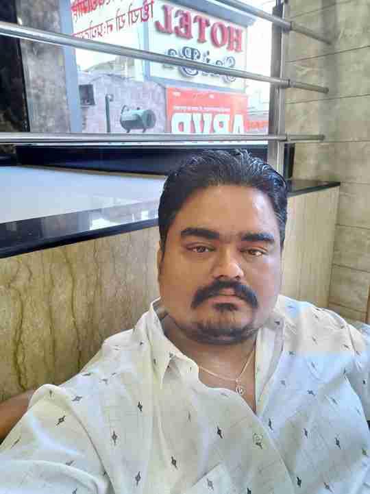 Dr. Deepak Dubey's profile on Curofy
