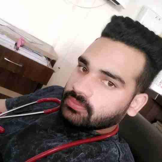 Dr. Ishan Kumar's profile on Curofy