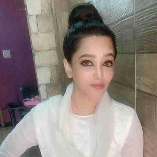 Dr. Uzma Khan's profile on Curofy