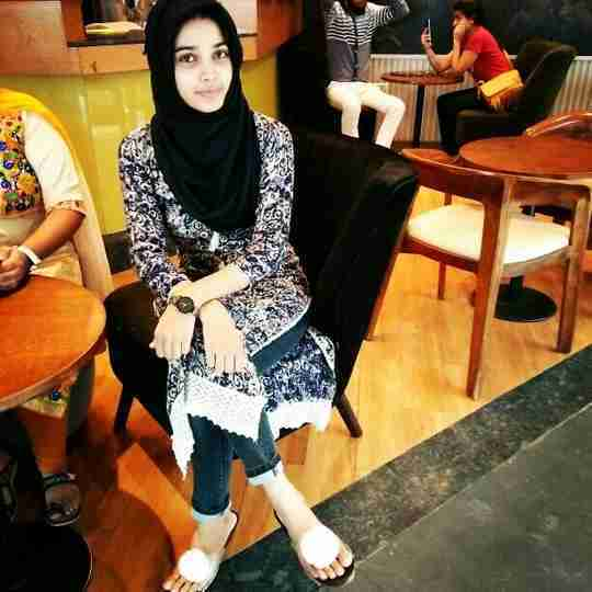 Najma Khan's profile on Curofy