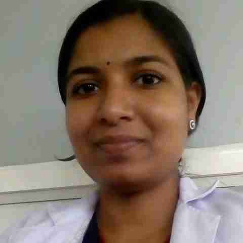 Dr. Divya V's profile on Curofy