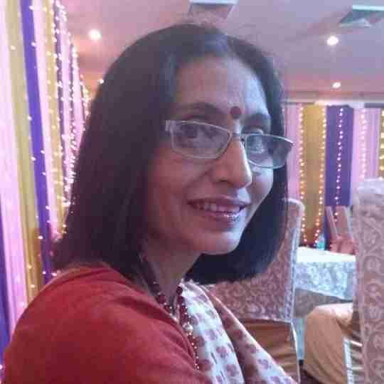 Dr. Uma Sharma's profile on Curofy