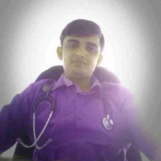 Dr. Vinu Ahir's profile on Curofy