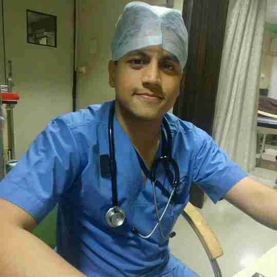 Dr. Tushar Parle's profile on Curofy