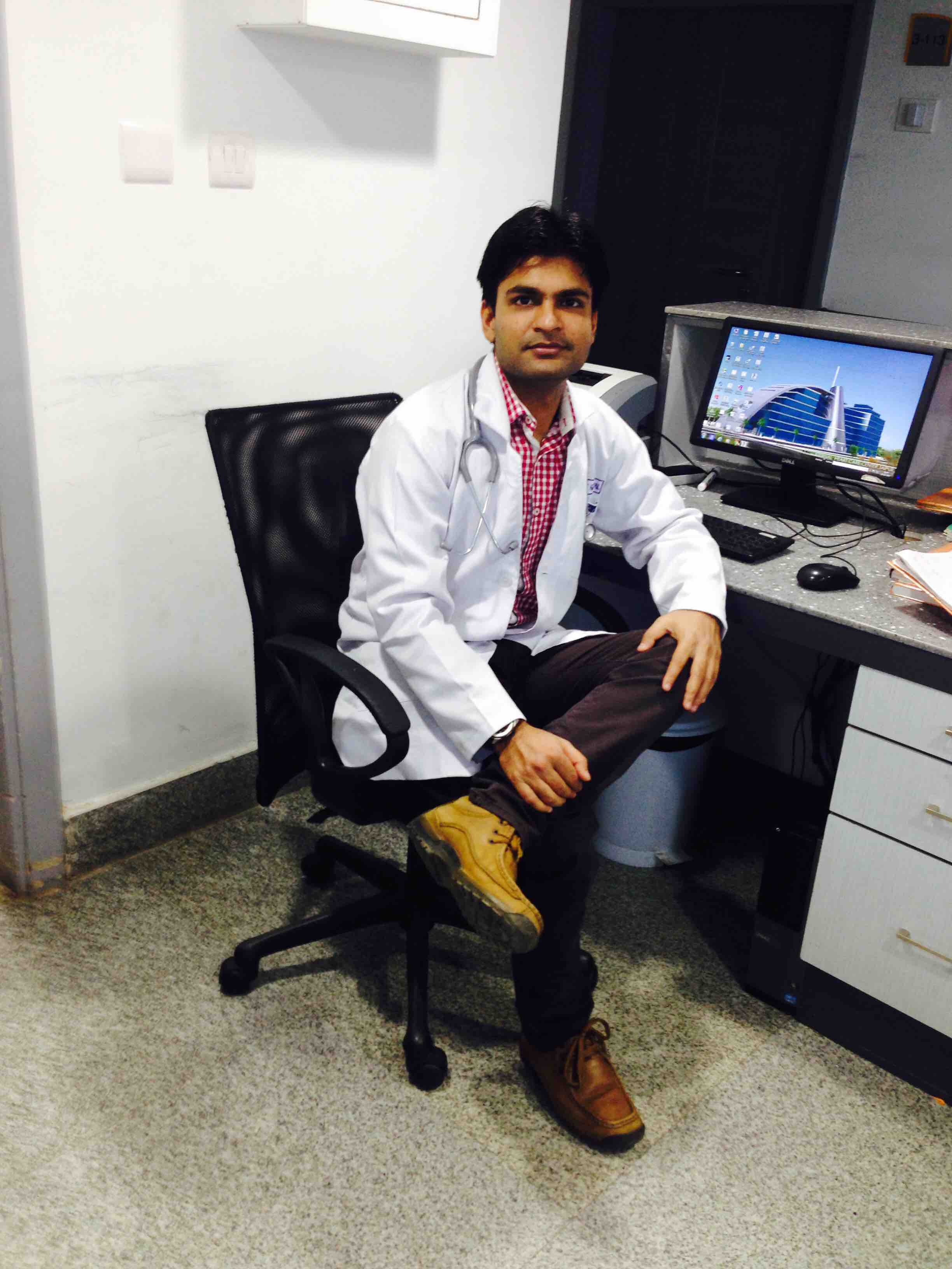 Dr. Bharat Agarwal's profile on Curofy