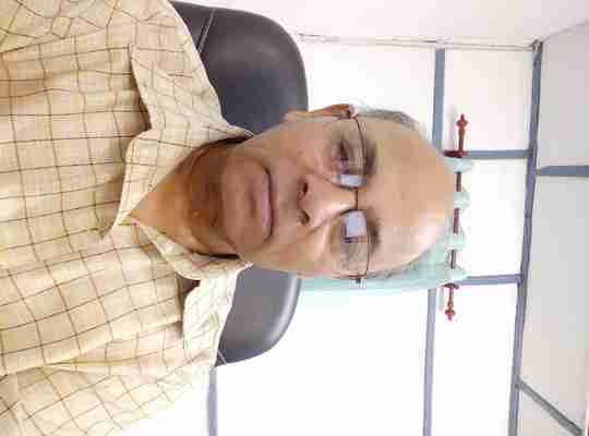 Dr. Jitendra Saxena's profile on Curofy