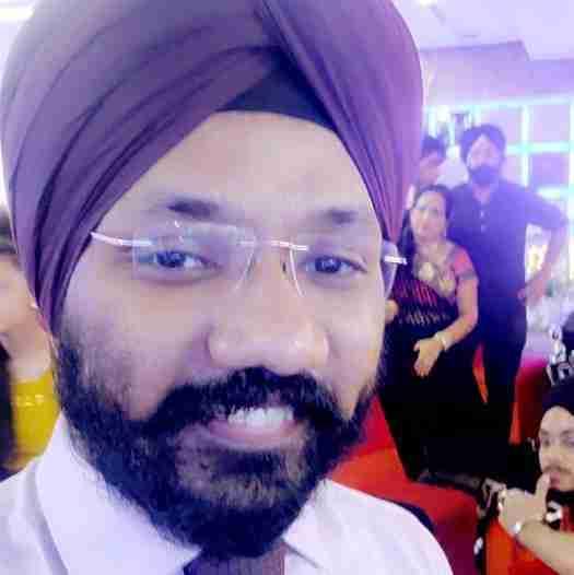 Dr. Karandeep Singh's profile on Curofy