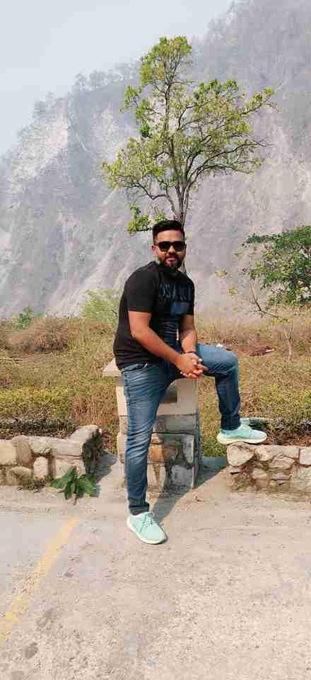 Amit Limbachiya's profile on Curofy