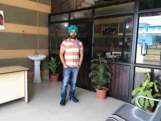 Dr. Gurvinder Singh Chouhan's profile on Curofy