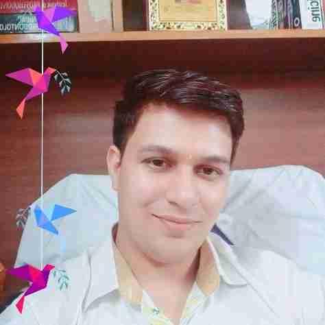 Dr. Abhishek Vashist's profile on Curofy