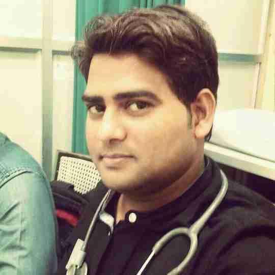 Dr. Saurabh Yadav's profile on Curofy
