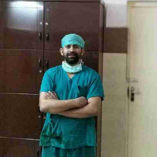 Dr. Kanishk Parmar's profile on Curofy