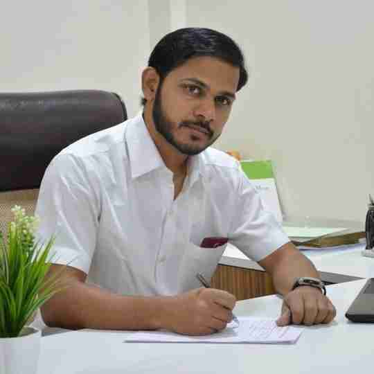 Dr. Manish Nikam's profile on Curofy