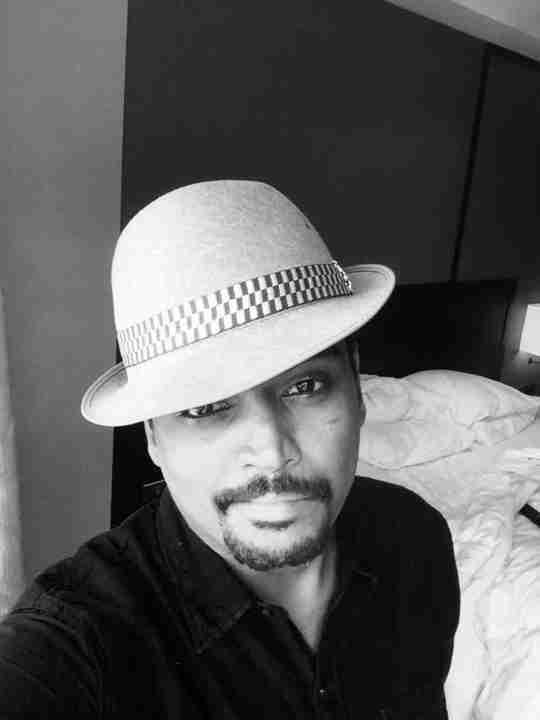 Dr. Vijay Shanmugam's profile on Curofy